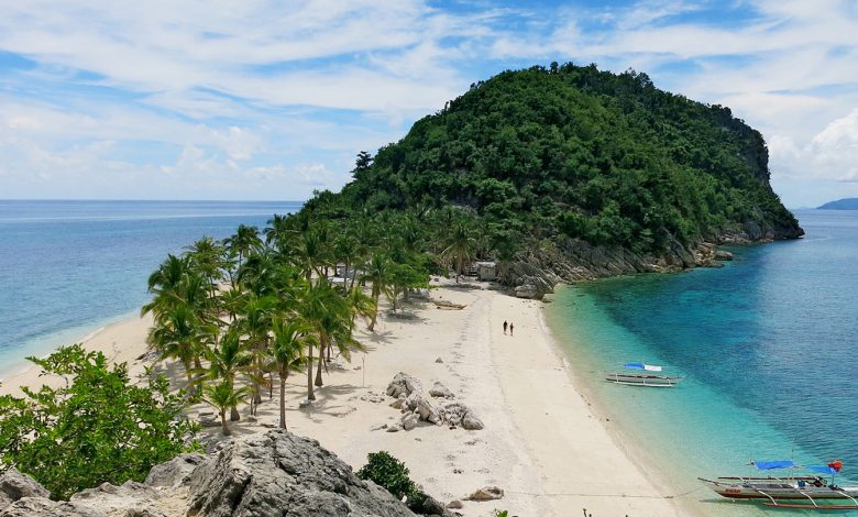 The Giant Wonders of Islas de Gigantes (Gigantes Islands)